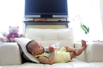 drinking-milk-2549021_640.jpg
